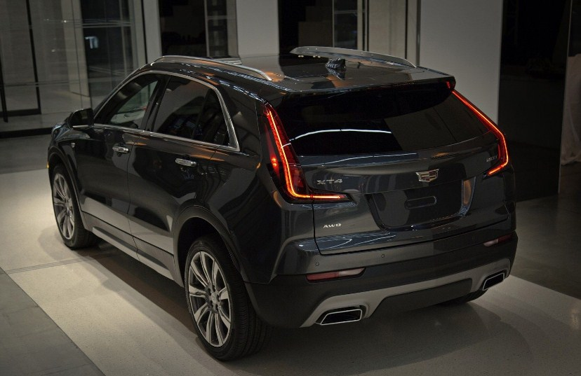 2020 Cadillac XT4 Luxury
