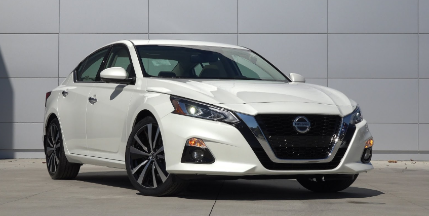 2020 Nissan Altima SR Turbo