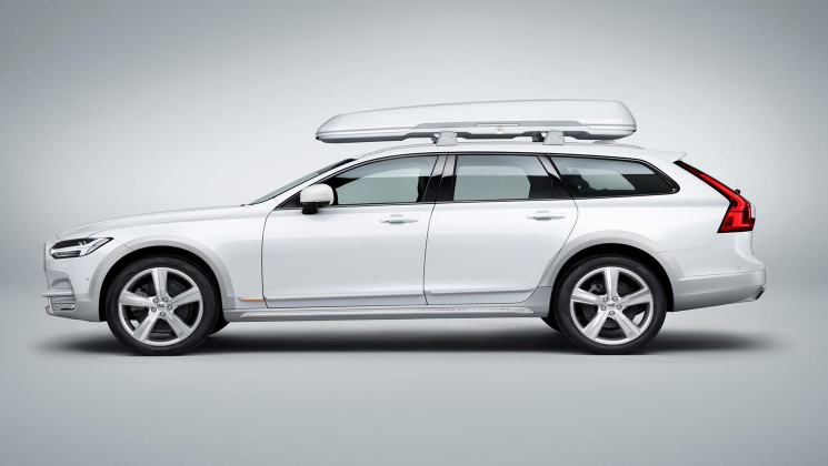 2021 volvo v90 cross country t6 release date  changes  price  specs